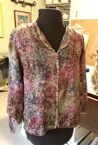 Jewel Neck rayon blouse