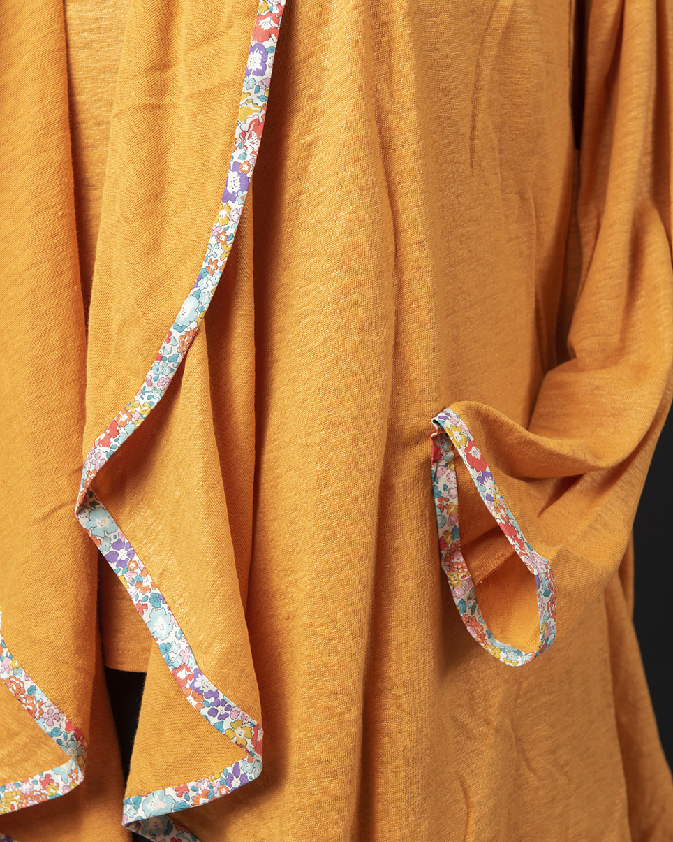 Sunshine Linen Cardigan detail